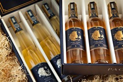 Giftbox with Ice Wine & Noble Wine